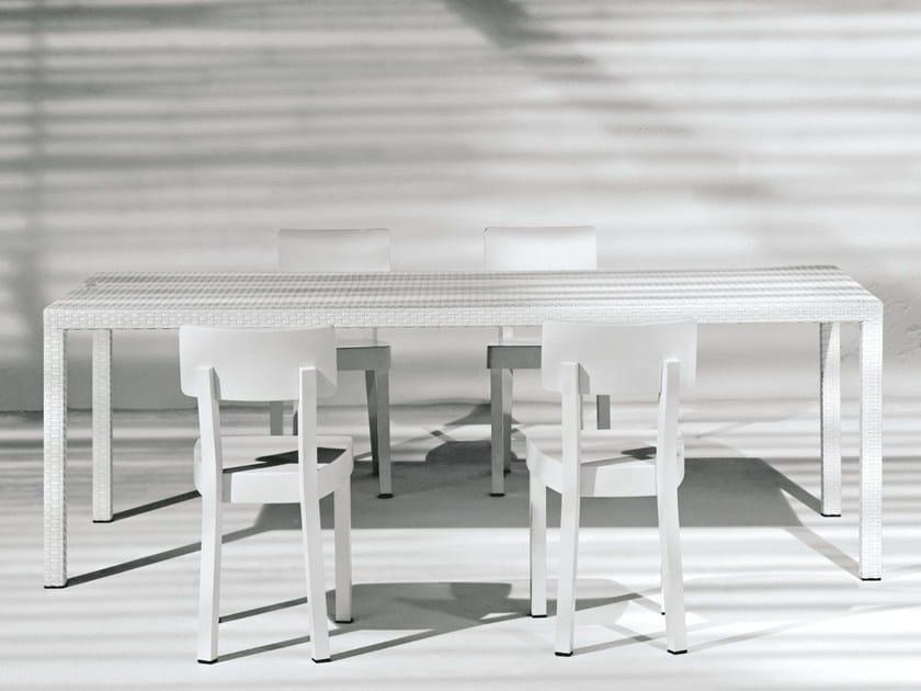 Rectangular garden table INOUT 233 by Gervasoni