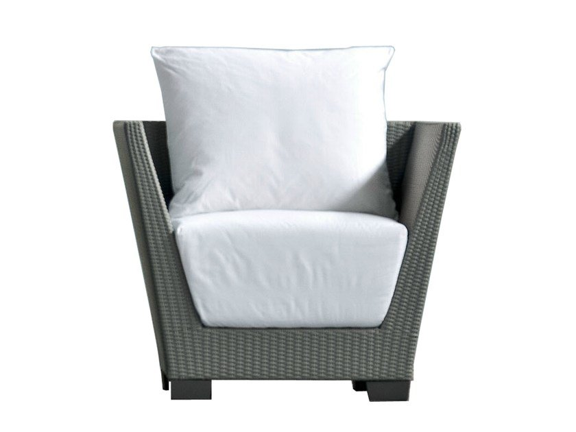 Garden armchair with armrests INOUT 505 by Gervasoni