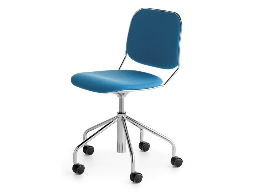 Task chair with 5-Spoke base with casters BAY R/SW by Crassevig