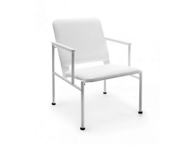 Upholstered easy chair with armrests PLATTA by Nikari