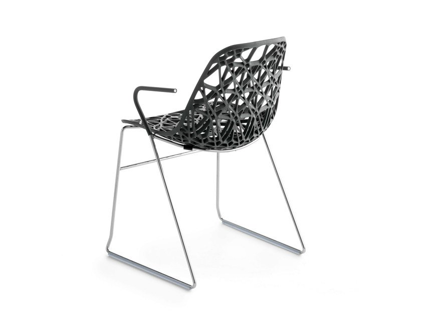 Sled base stackable chair with armrests NETT P by Crassevig
