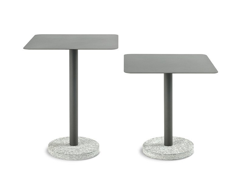 Square steel garden side table BERNARDO | Square coffee table by RODA