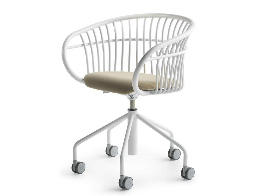 Chair with 5-spoke base with armrests with casters STEM SW by Crassevig