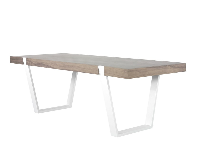 Lacquered wood veneer dining table ARTEA by AZEA