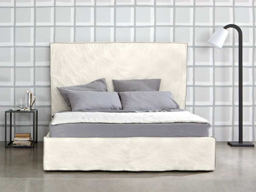 Double bed with high headboard HIGH by Letti&Co.