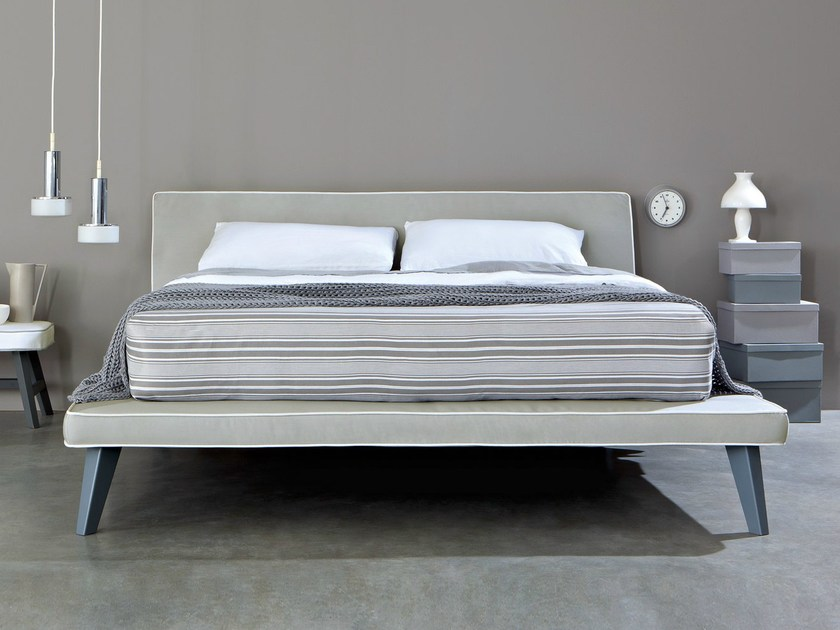 Double bed with upholstered headboard TRAY by Letti&Co.