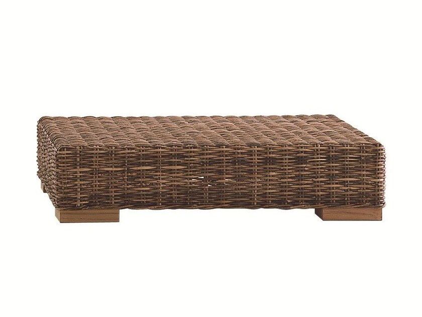 Low square coffee table CROCO 10 by Gervasoni