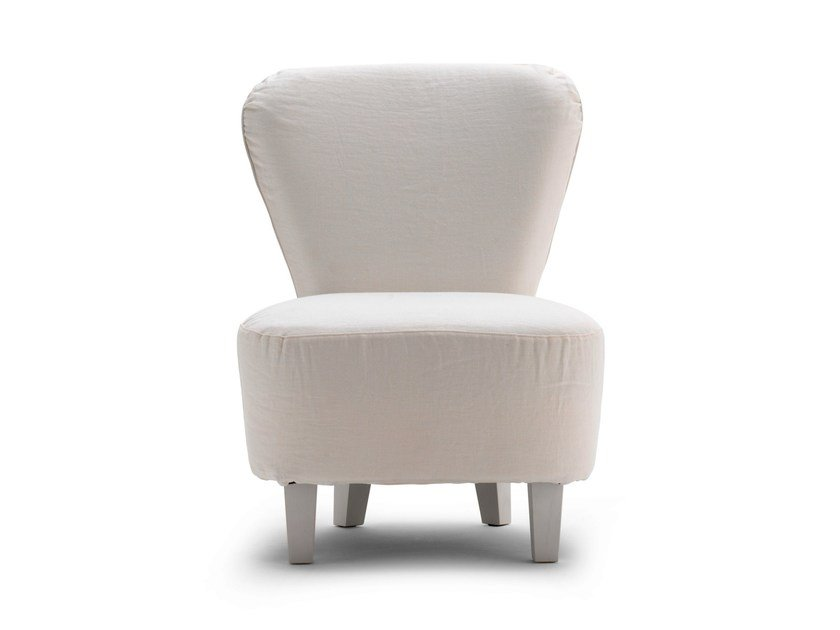 Upholstered easy chair LC 26 by Letti&Co.