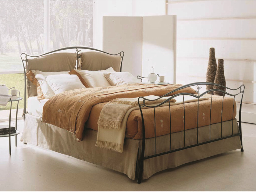 Iron double bed TRIZIA | Iron bed by Bontempi