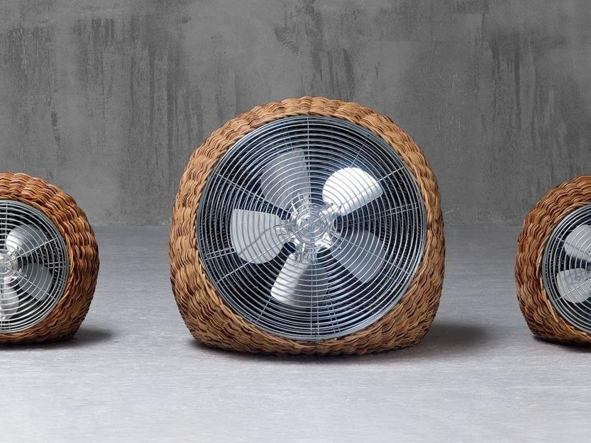 Floor standing fan in handwoven dark pulut WIND L by Gervasoni