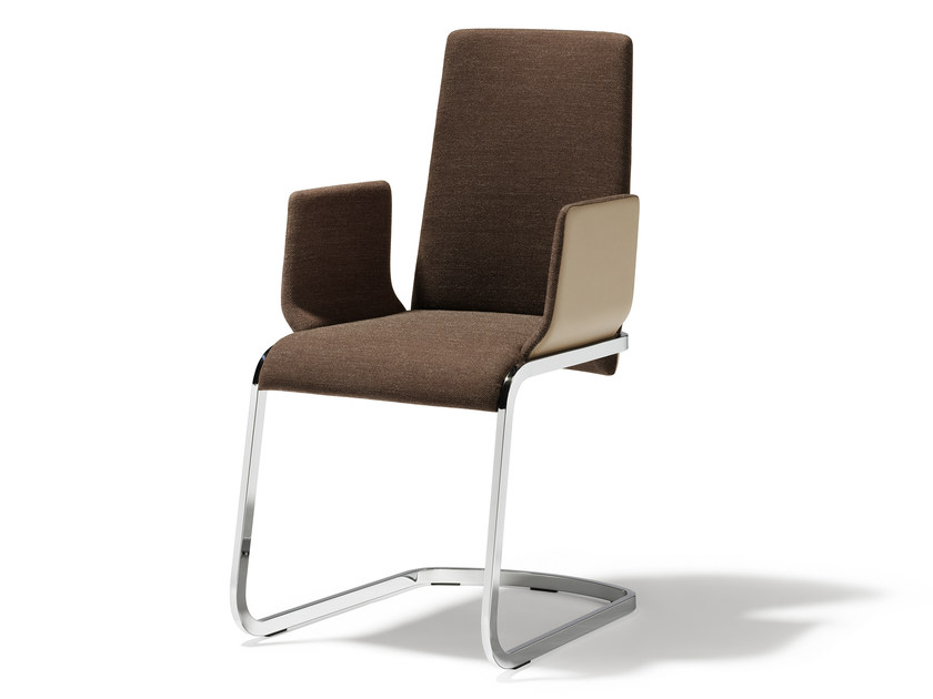 Cantilever fabric chair with armrests F1 | Chair with armrests by TEAM 7