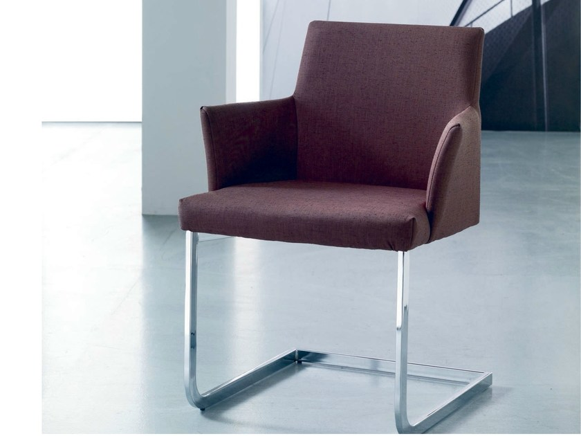 Cantilever upholstered chair HISA | Chair with armrests by Bontempi
