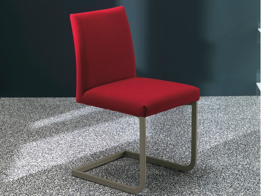 Upholstered chair HISA | Cantilever chair by Bontempi
