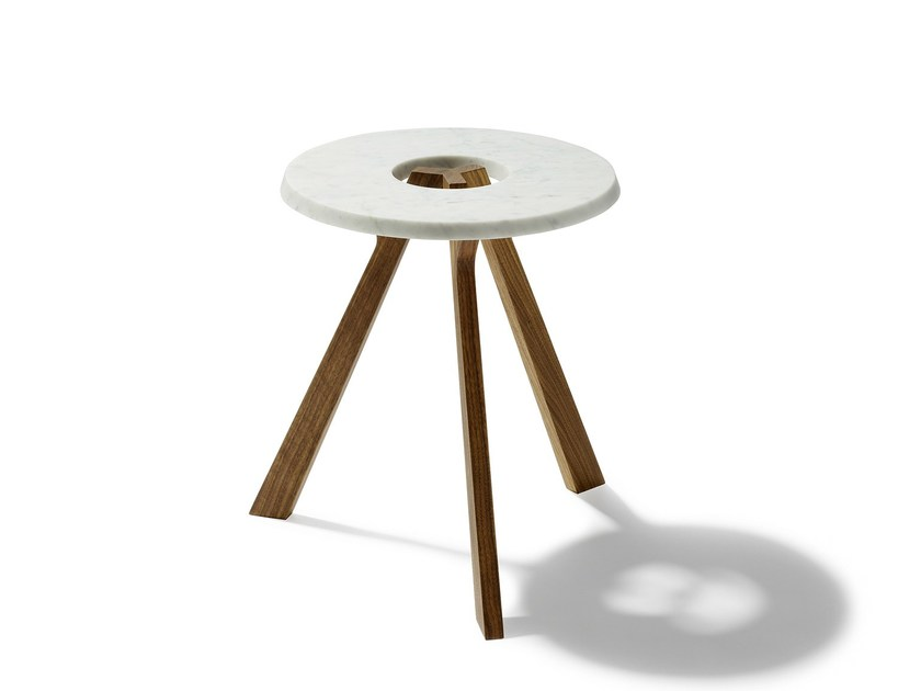 Low marble coffee table treeO by TEAM 7