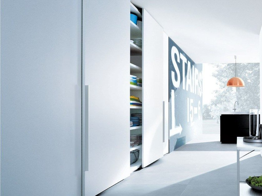 Wooden wardrobe CLUB by poliform