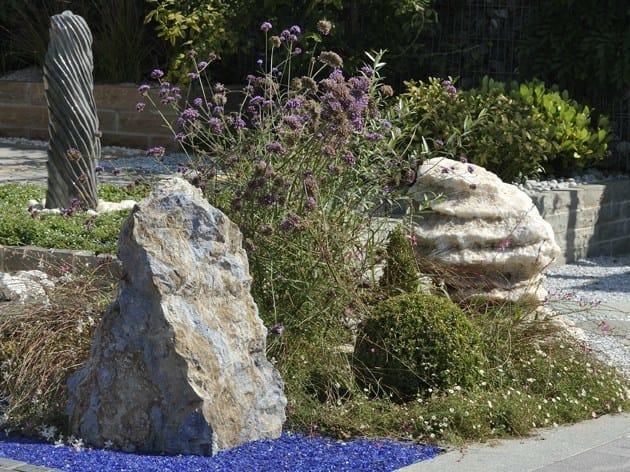 Natural stone sculpture sodalite by granulati zandobbio