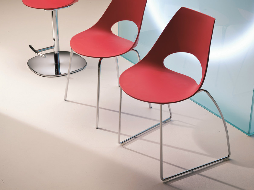 Stackable polypropylene chair SHARK | Sled base chair by Bontempi