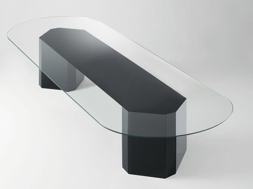 Akim tavolo ovale by gallotti radice design gabriele buratti oscar buratti - Tavolo cristallo ovale ...