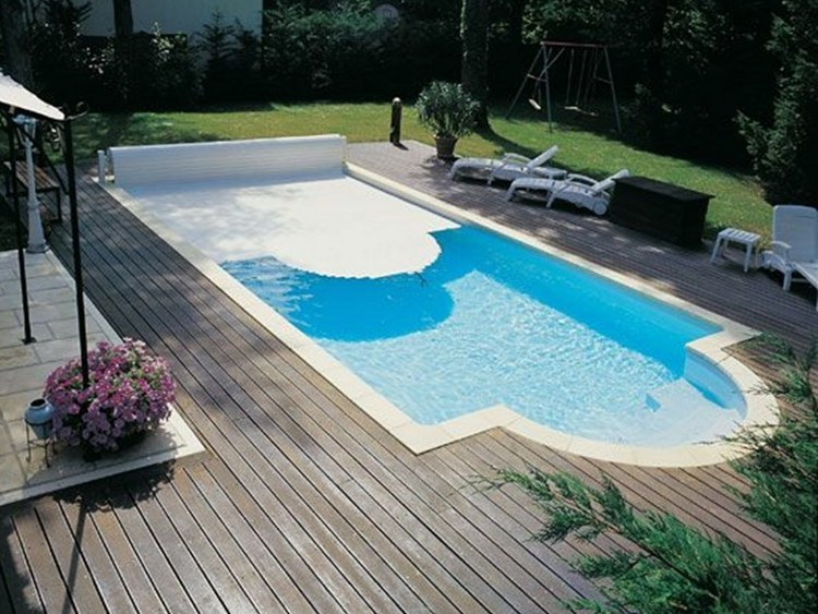 Desjoyaux above ground swimming pool cover by desjoyaux for Construction piscine desjoyaux youtube
