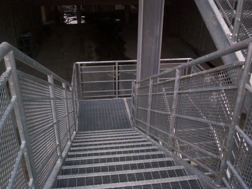 Step for fire escape staircases STANDARD GRATING STEPS by NUOVA DEFIM