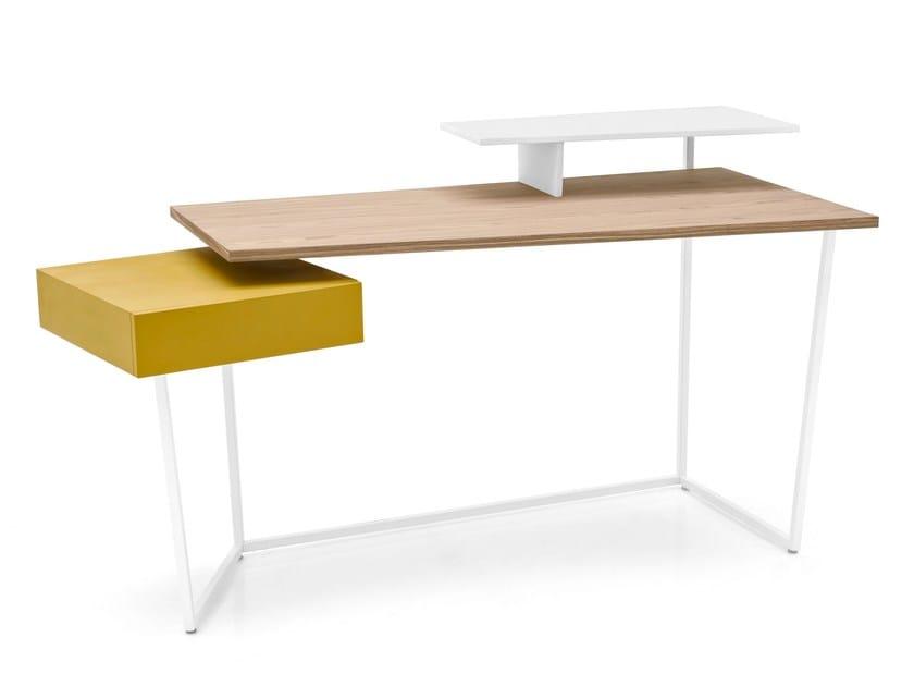 Wood veneer writing desk LAYERS by Calligaris