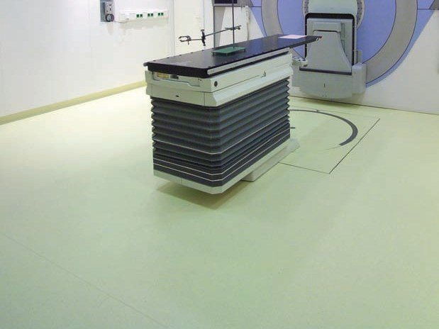 Static dissipative synthetic material flooring MIPOLAM ACCORD EL 7 by gerflor