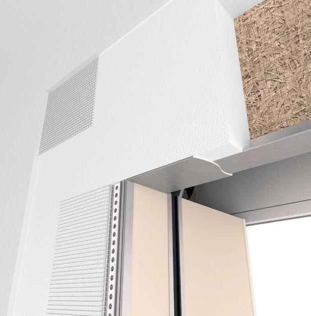 IN-FINITO Vista esterna della spalla IN-FINITO filomuro abbinata al Cassonetto termoacustico isolante DF, particolare della rete zigrinata