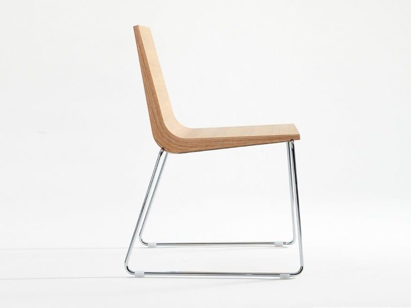 Sled base wooden chair BOOMERANG by ONDARRETA