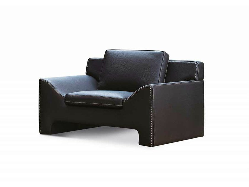 Upholstered leather armchair with armrests JAZZ | Armchair by Formenti