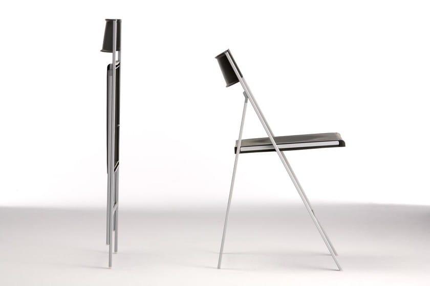 Sedia pieghevole con poggiapiedi POCKET PLASTIC by arrmet
