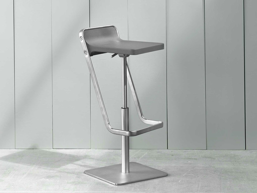 Height-adjustable stool with footrest KIDE   Height-adjustable stool by ONDARRETA