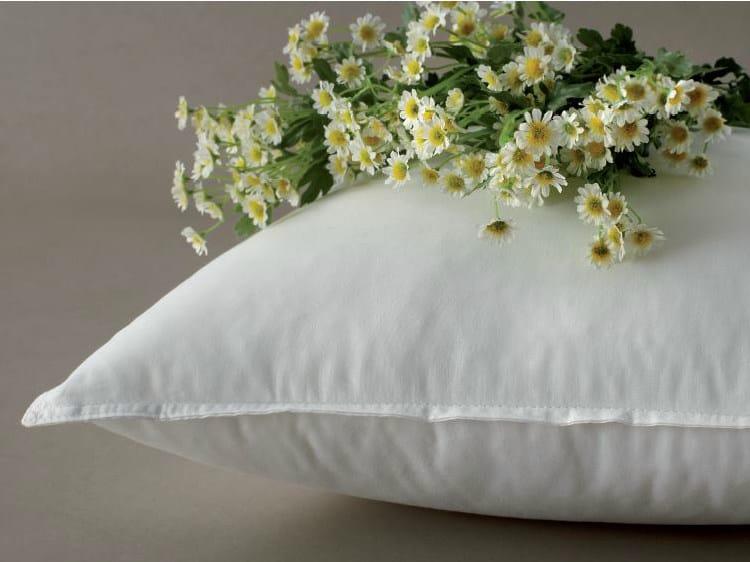 Rectangular polyester pillow CAMOMILLA by Demaflex