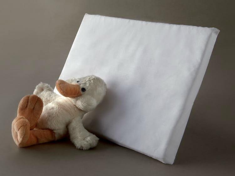 Rectangular polyurethane pillow ANTISOFFOCO NINNA NANNA   Polyurethane pillow by Demaflex