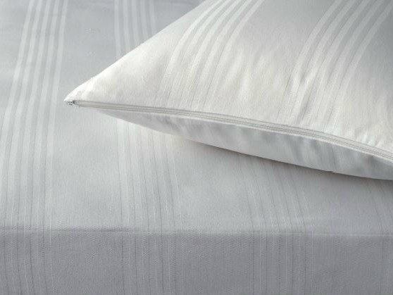 Cotton pillow case BETTY 3 LATI | Pillow case by Demaflex