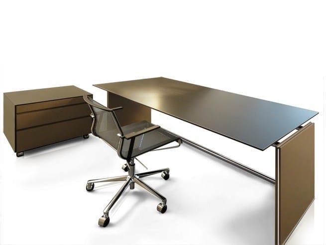 Lacquered executive desk GIL by JOSE MARTINEZ MEDINA