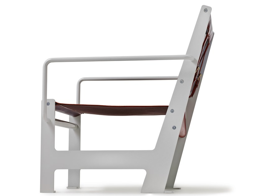 Leather garden armchair with armrests LOOMCHAIR | Leather easy chair by Nola Industrier