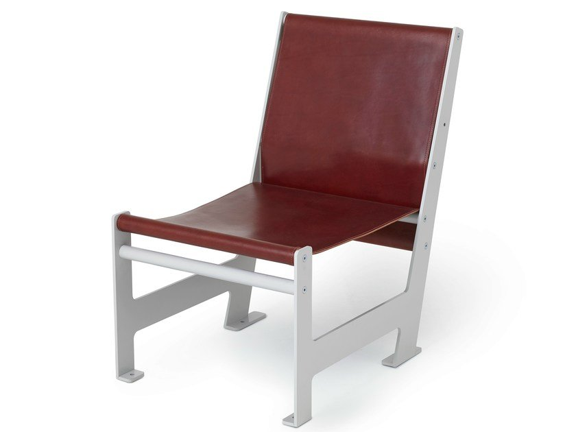 Leather garden armchair LOOMCHAIR   Leather easy chair by Nola Industrier