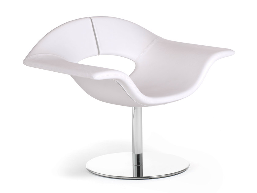 Swivel leather easy chair GEA | Leather easy chair by True Design