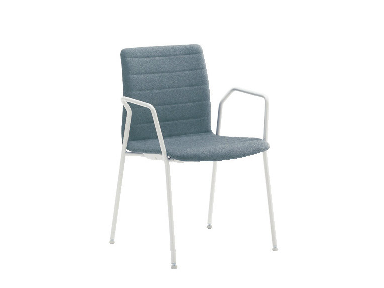 Chair with armrests Q-2 | Chair by Sesta