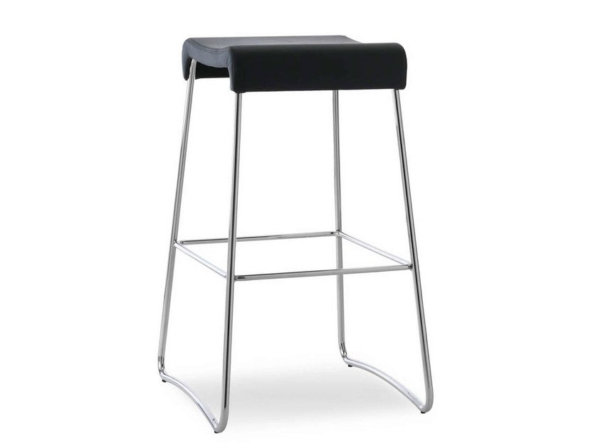 Sled base leather stool SGAB | Leather stool by True Design