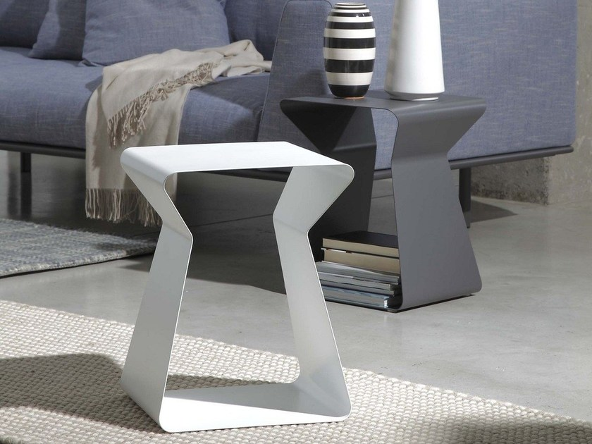 Low lacquered steel coffee table KITO by Bontempi