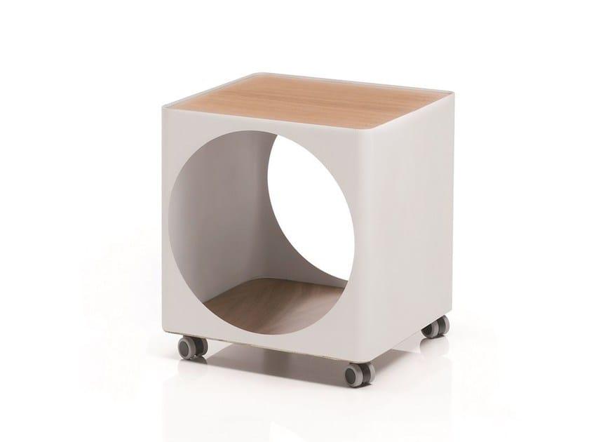 Tavolino in lamiera con ruote RING | Tavolino con ruote by B-LINE