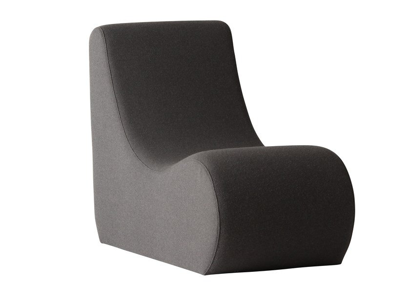 Upholstered fabric armchair WELLE 2 by Verpan