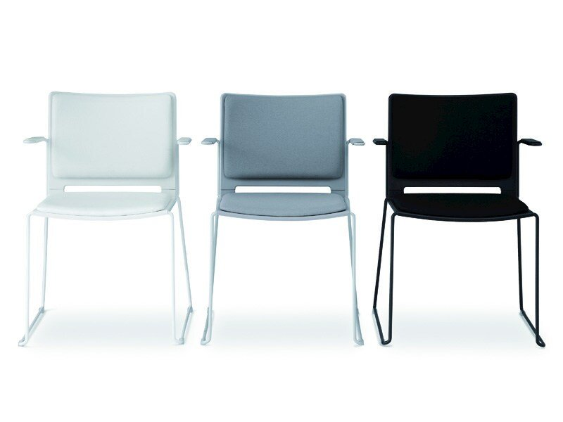 Sled base stackable chair with armrests FILÒ SOFT | Chair with armrests by Diemmebi