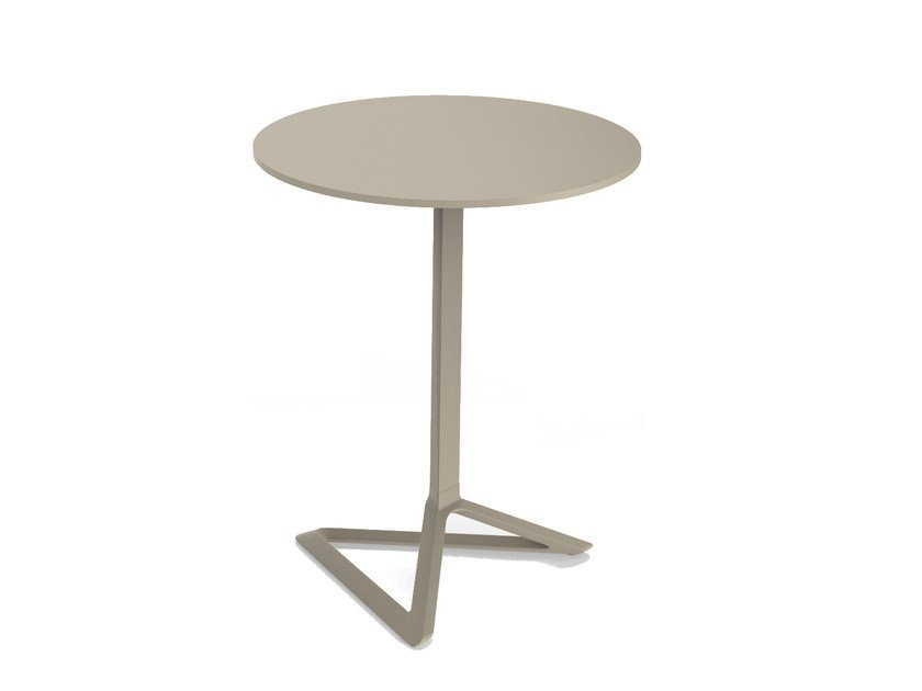 Folding garden table DELTA | Garden table by VONDOM