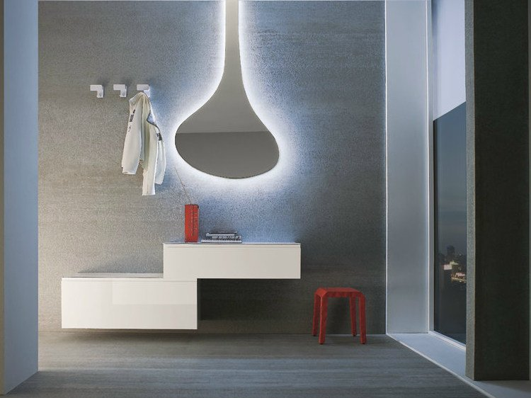 Wall-mounted sectional lacquered hallway unit LOGIKA | Wall-mounted hallway unit by Birex
