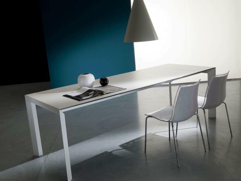 Extending dining table MASAO by Bontempi