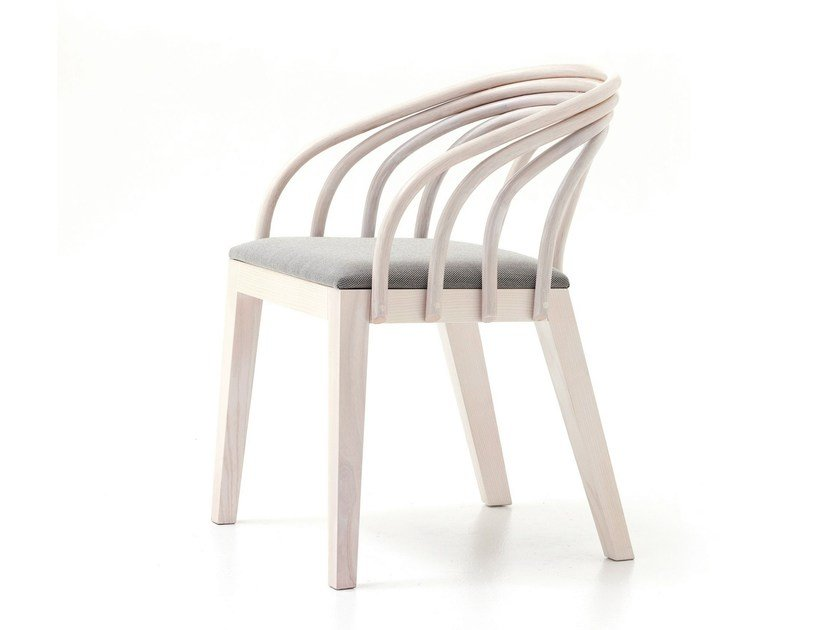 Ash easy chair with armrests LOOP by Very Wood