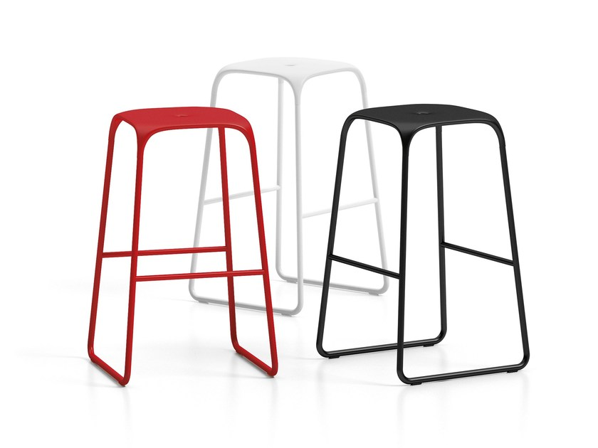 Stool with footrest BOBO by Infiniti