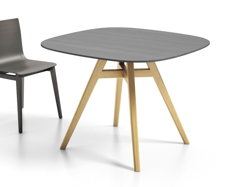 Square table EMMA   Table by Infiniti